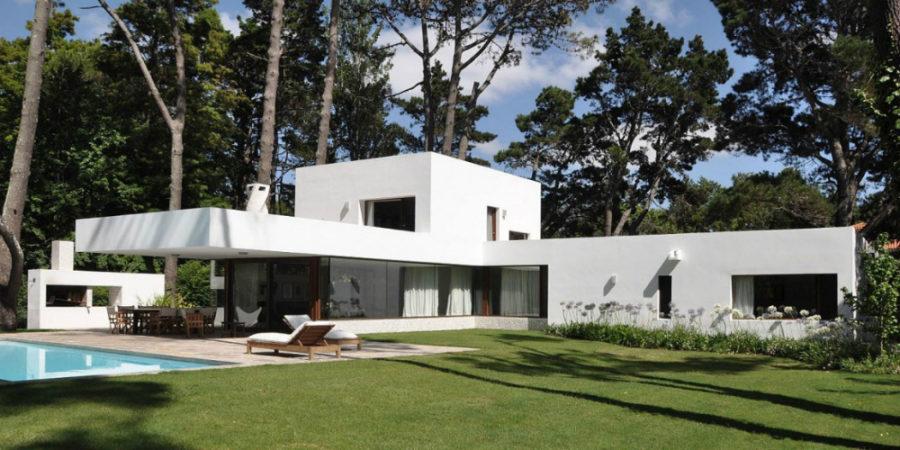 Villa La Hilaria by RDR Arquitectos