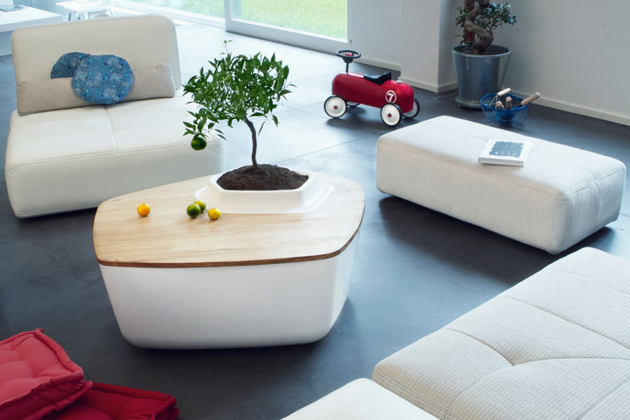 Volcane coffee table