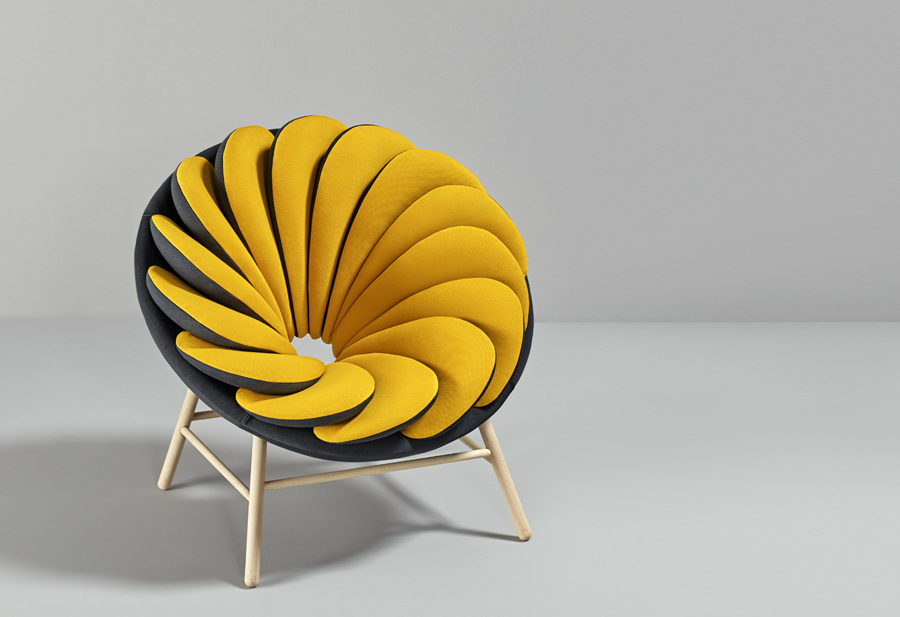 Yellow Quetzal 900x617 Quetzal Armchair is Like a Flower With Reversible Petals