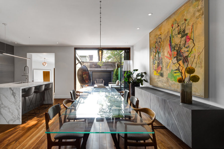 A giant artwork punctuates the dining area