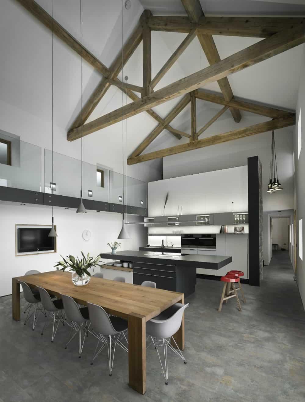 Barn kitchen dining area