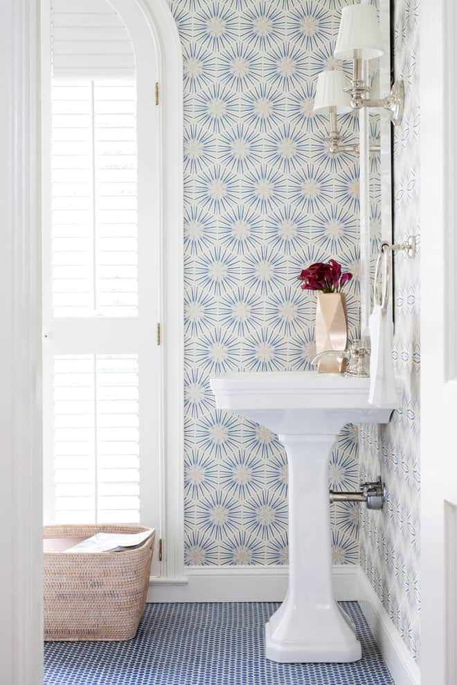 Lust worthy statement bathroom wallpapers for Bathroom wallpaper designs