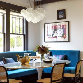 Bright bold breakfast nook 285x285 Modern Breakfast Nook Ideas That Will Make You Want to Become a Morning Person