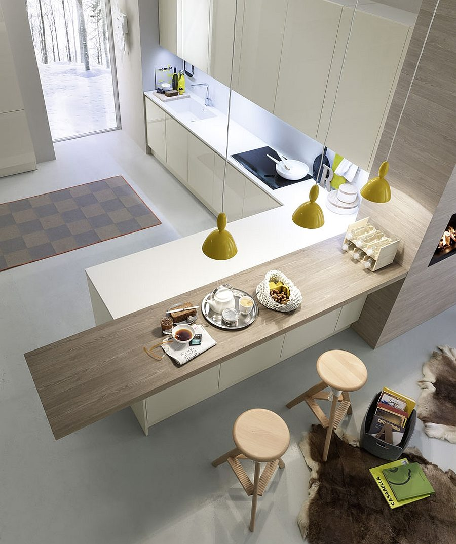 Cantilevering peninsula countertop