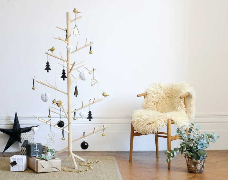 Wooden Letter Christmas Tree Decorations : Modern christmas decor ideas are all style and chic