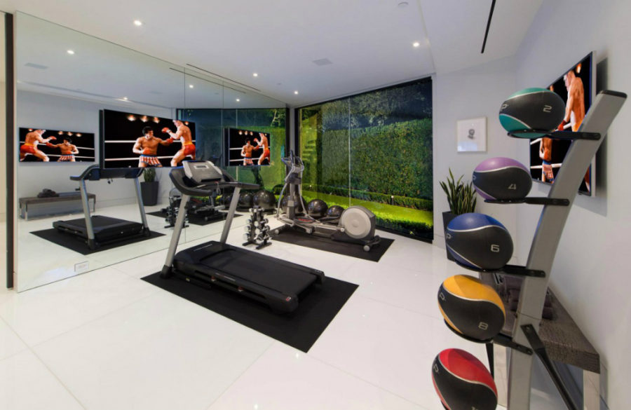 Contemporary gym in Bel Air