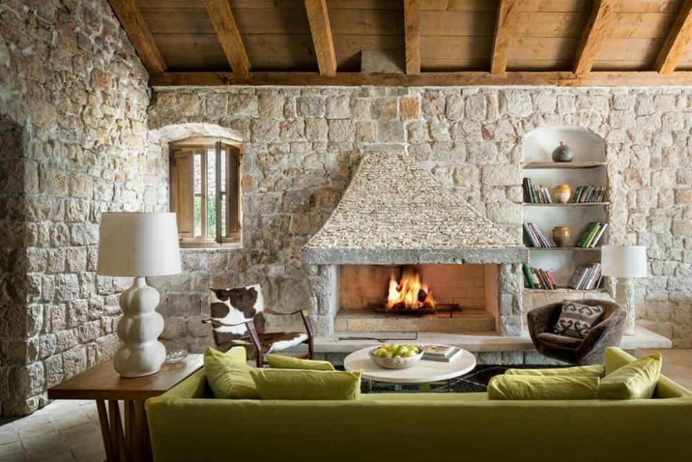 Dalmatian House living room