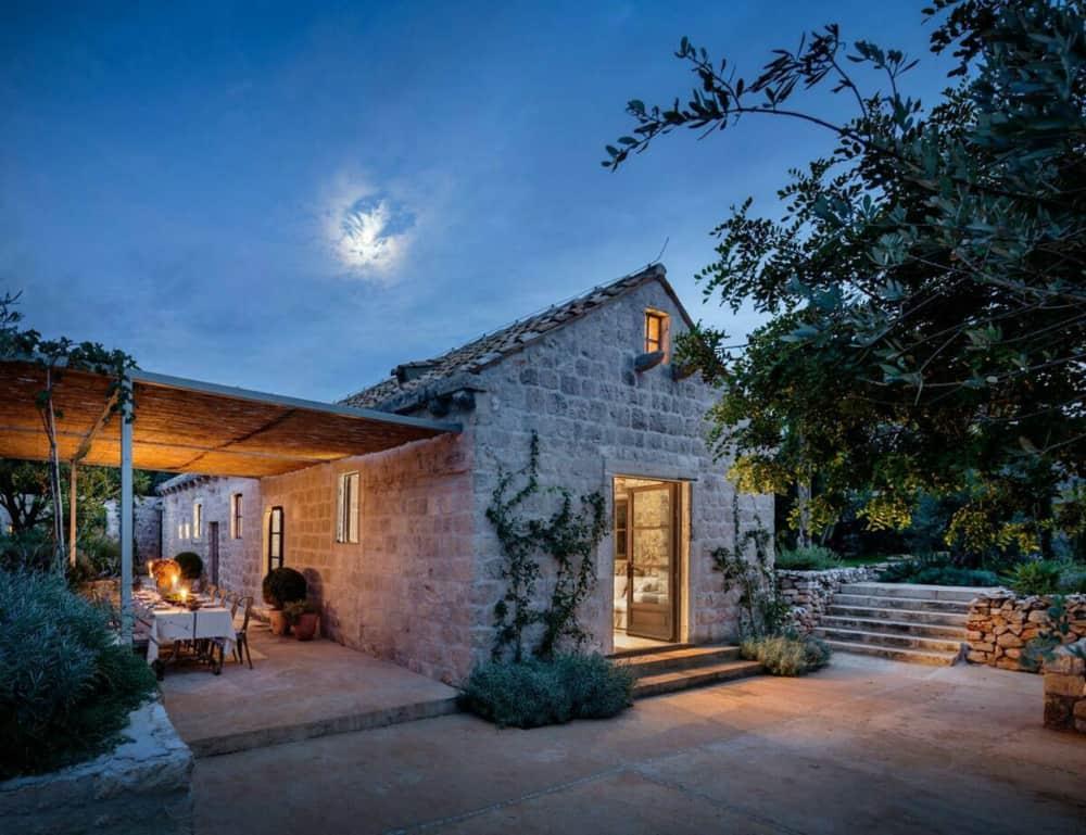 Dalmatian House by Antonio Zaninovic