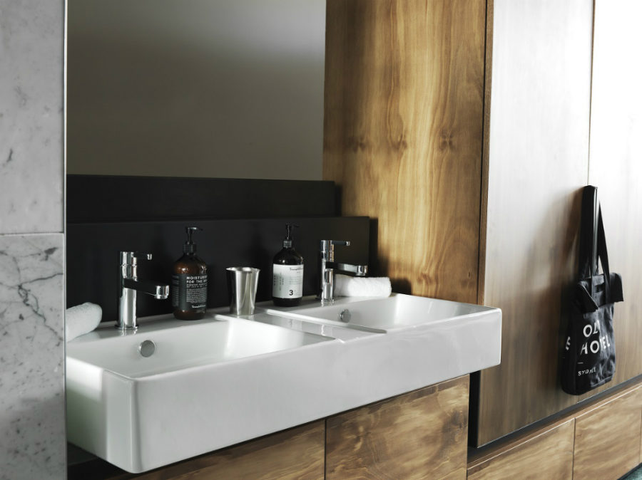 Double sink for him and her