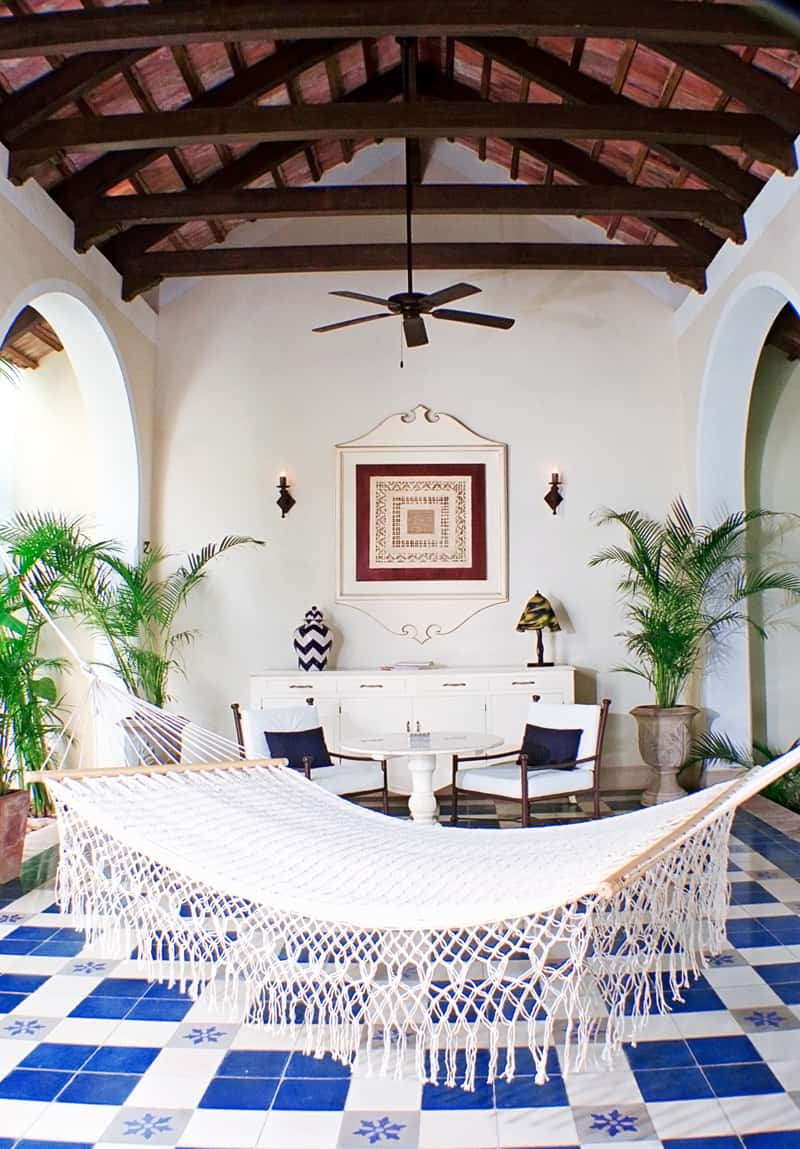 Foyer hammock