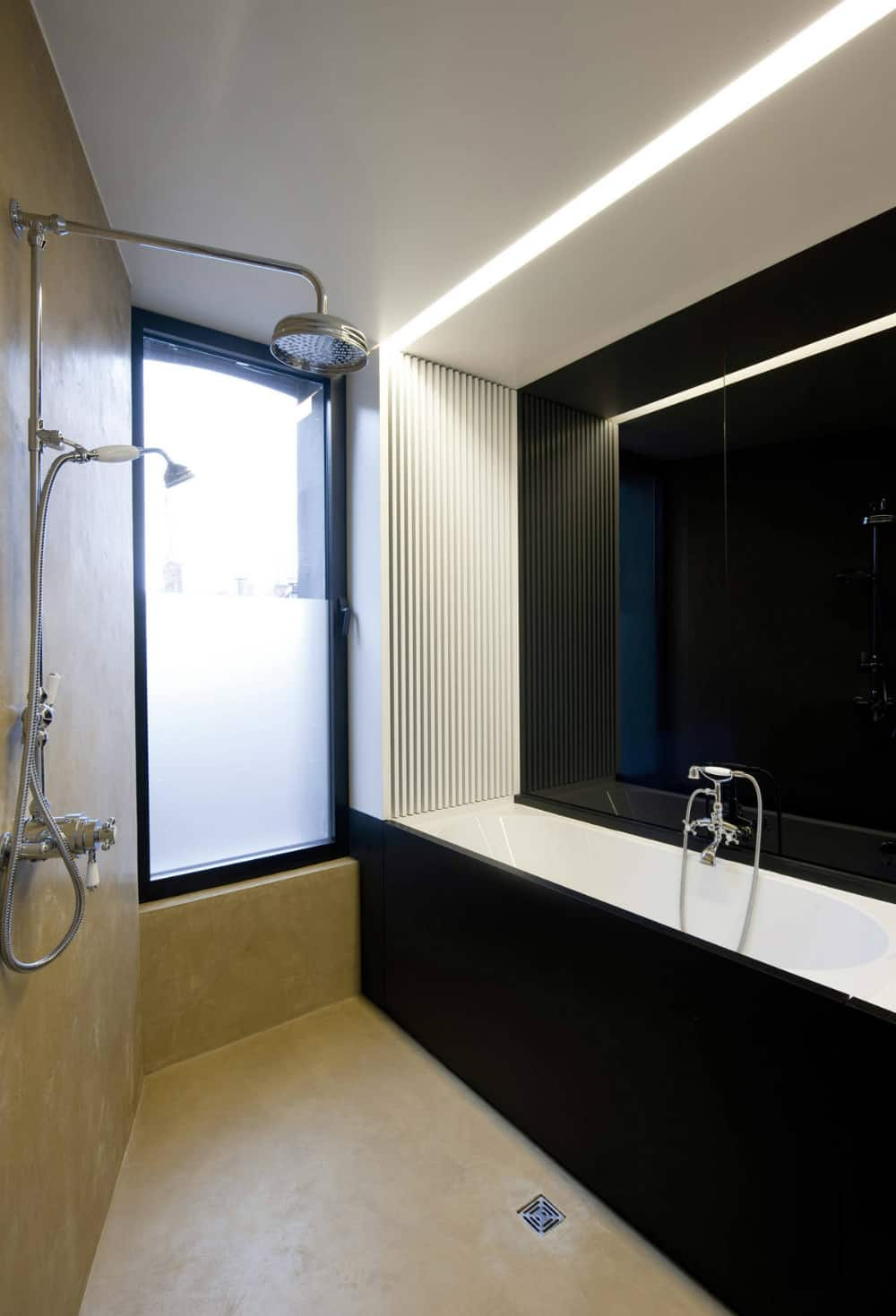House G-S bathroom