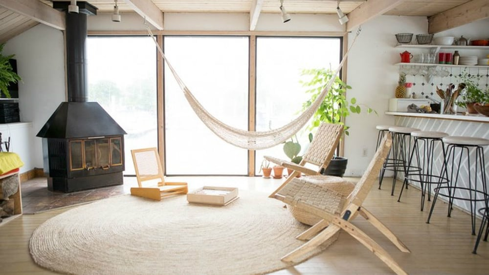 Houseboat hammock