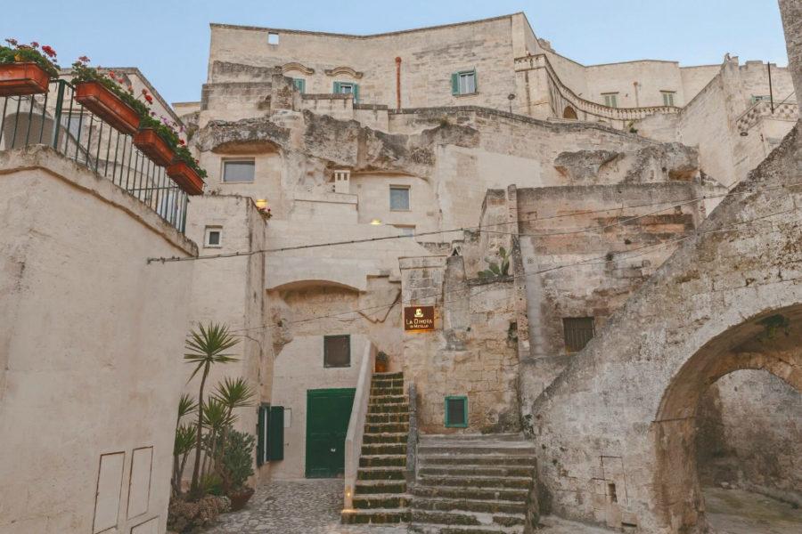 Italian Cave Hotel by Manca Studio
