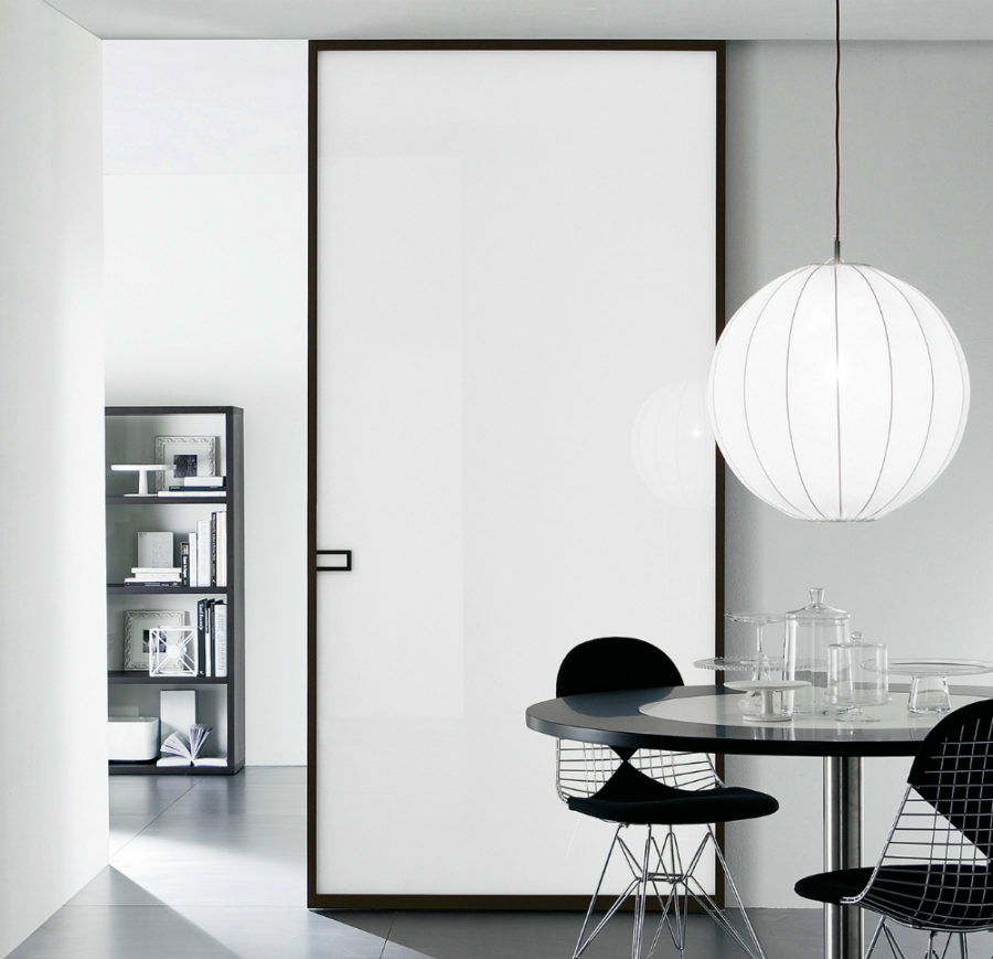 LESS door by Movi Italia