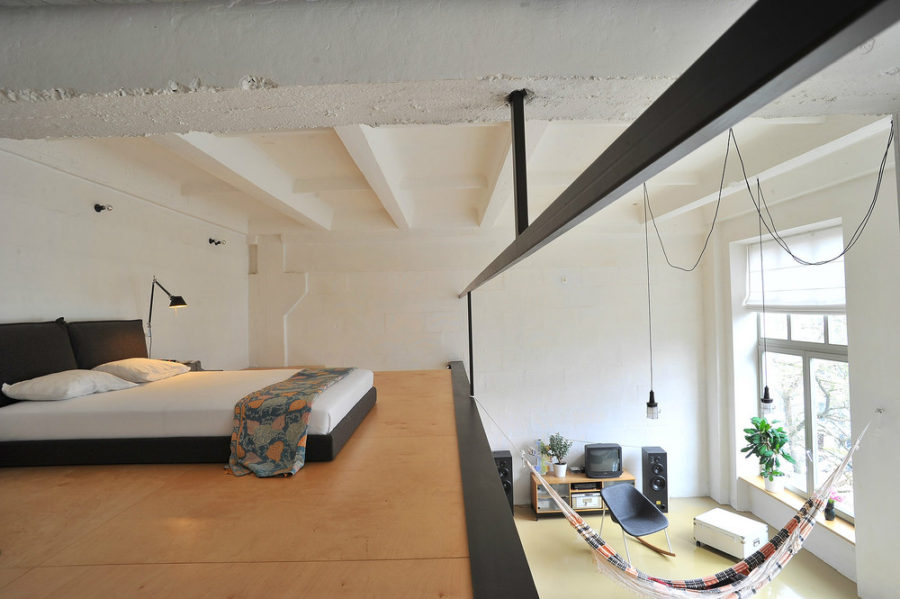 Houseboat Hammock Via Curbed View In Gallery Loft Idea
