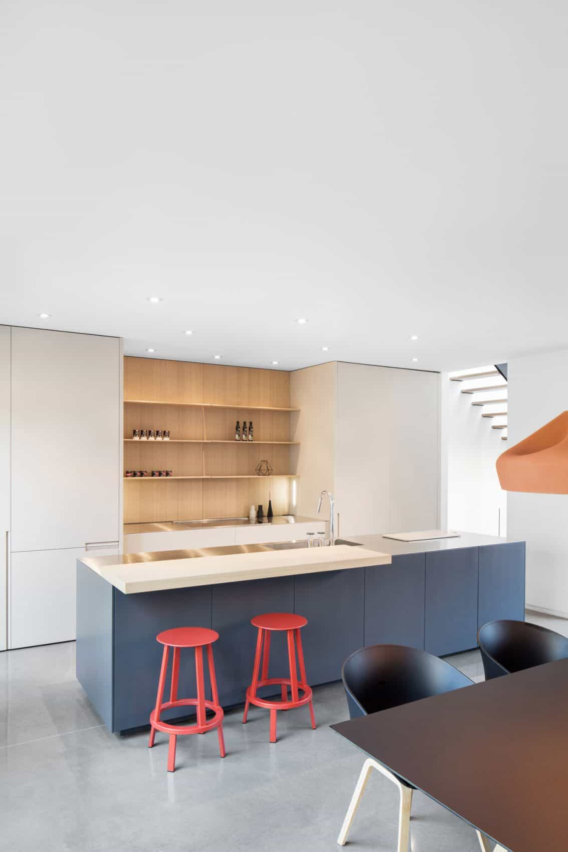 Minimal kitchen and dining