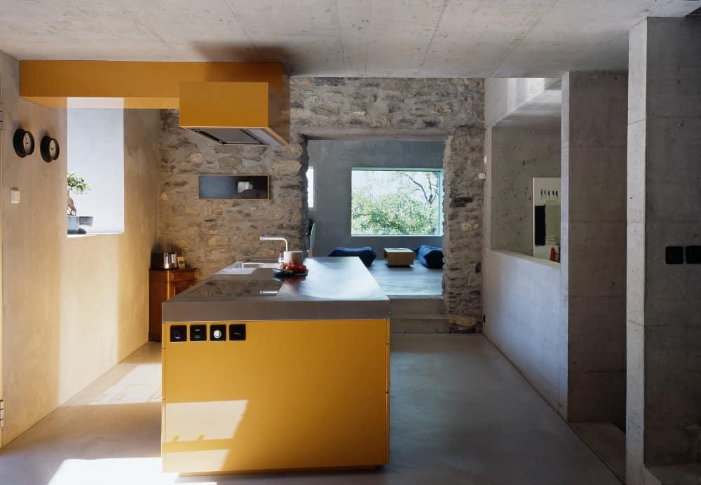 Roduit House kitchen