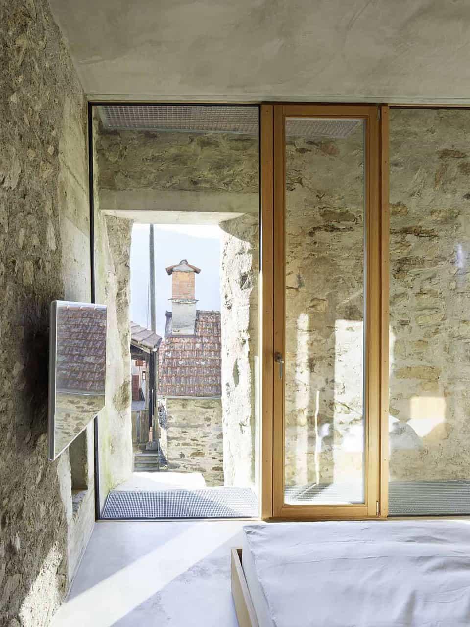 Scaiano Stone House bedroom