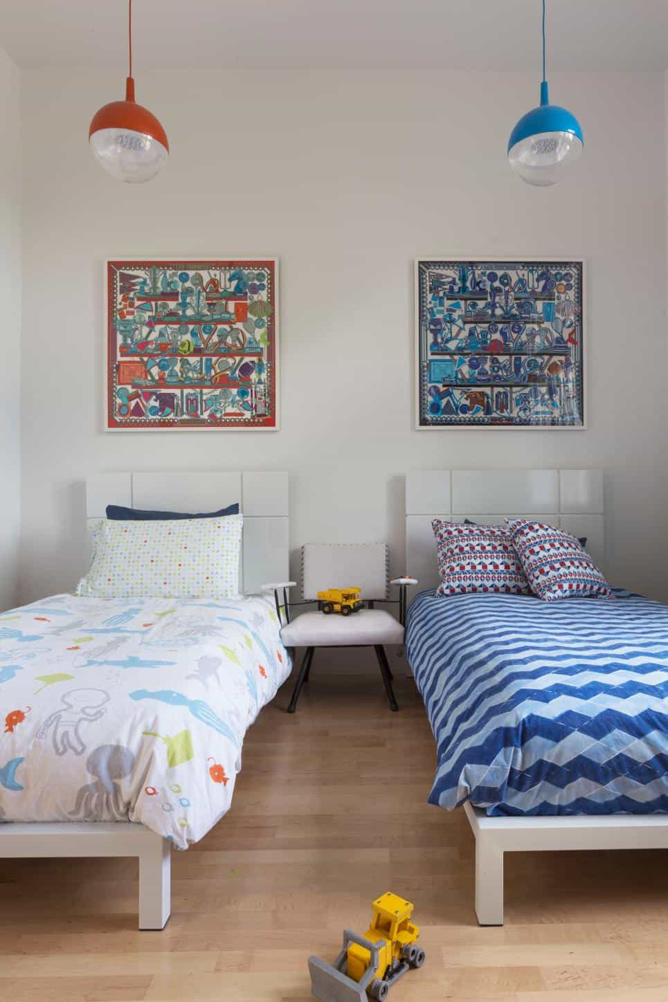 Shared kids bedroom by Ann Lowengart