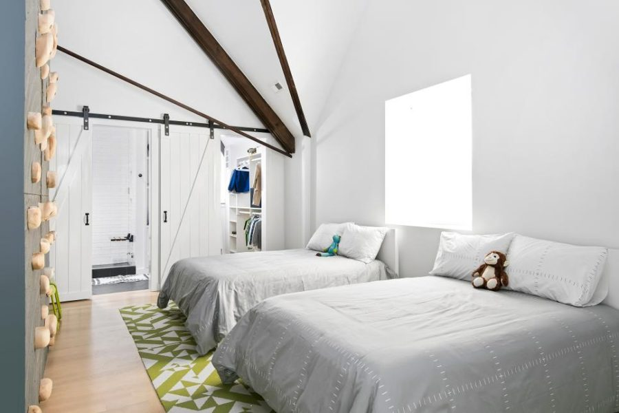 Simple shared kids bedroom Linc Thelen Design