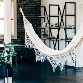 Indoor Hammock Ideas for Year-Round Summer Atmosphere