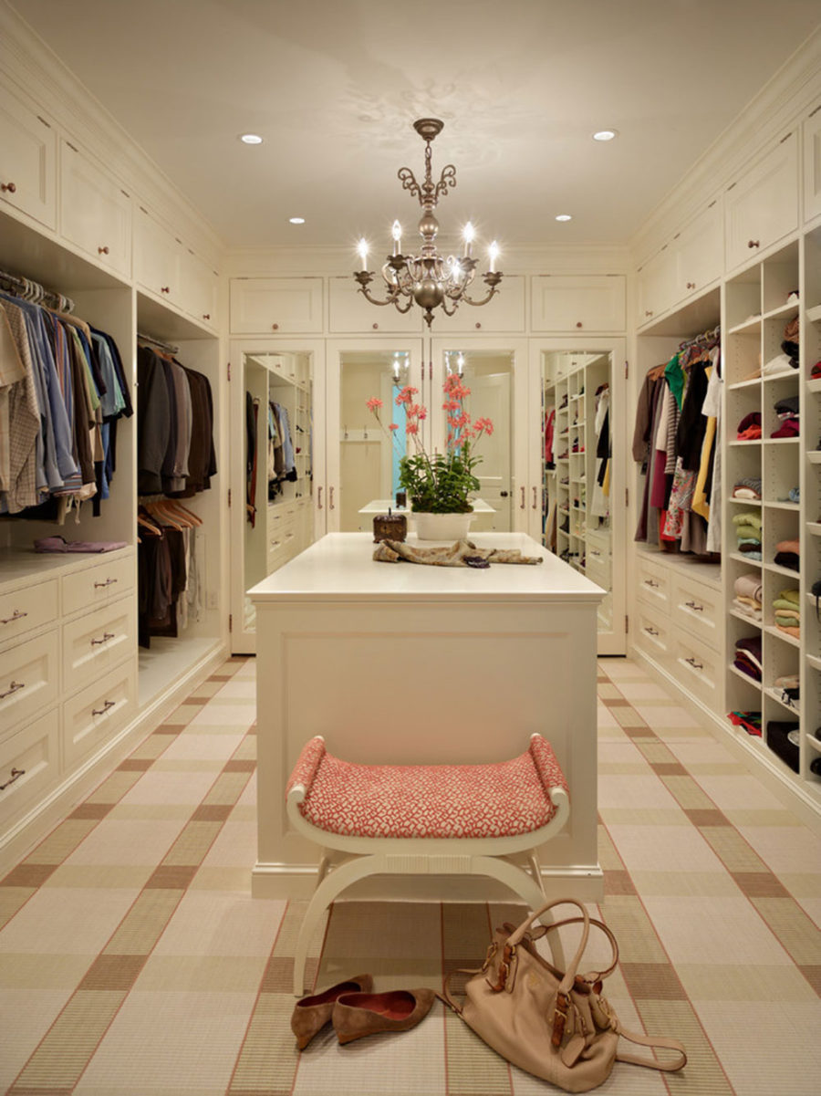 Sophisticated closet built-ins