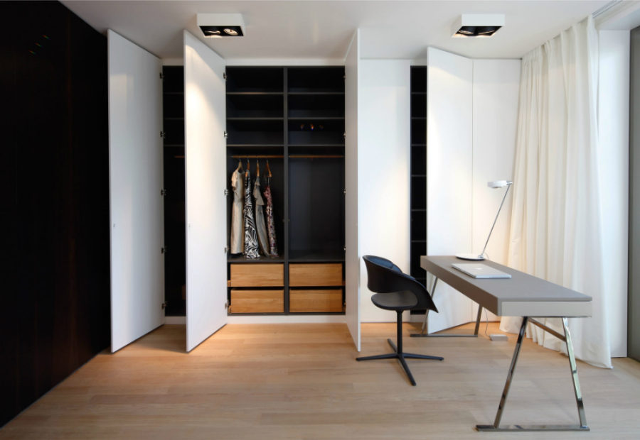 Stylish built-in closet