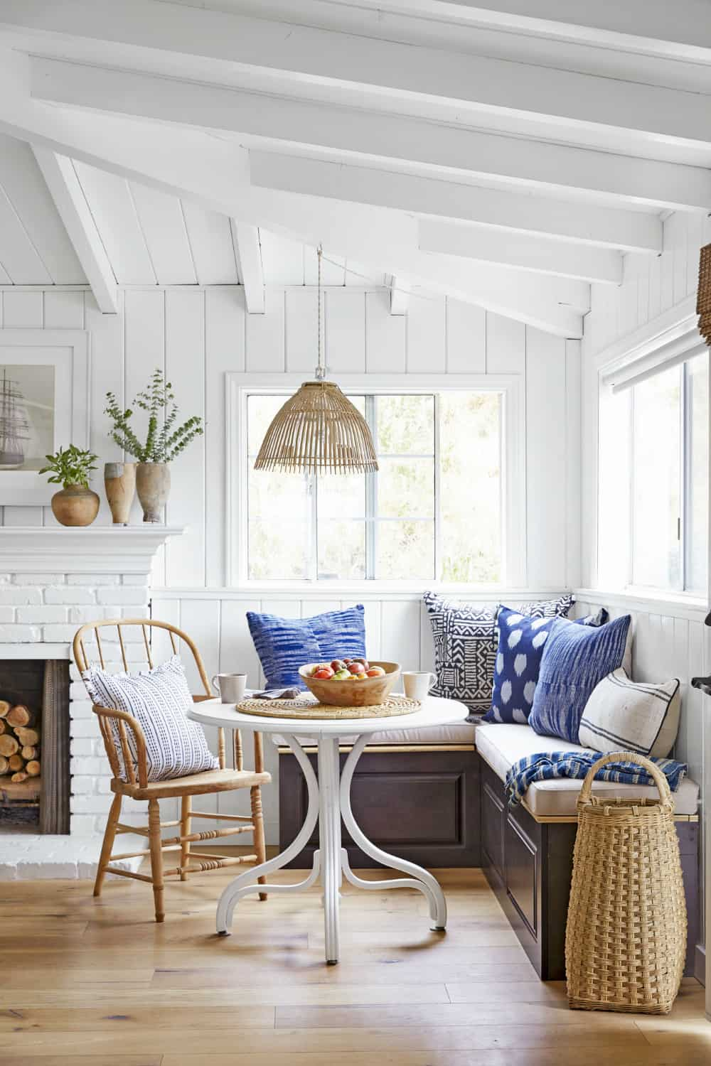 Sweet country-style breakfast table