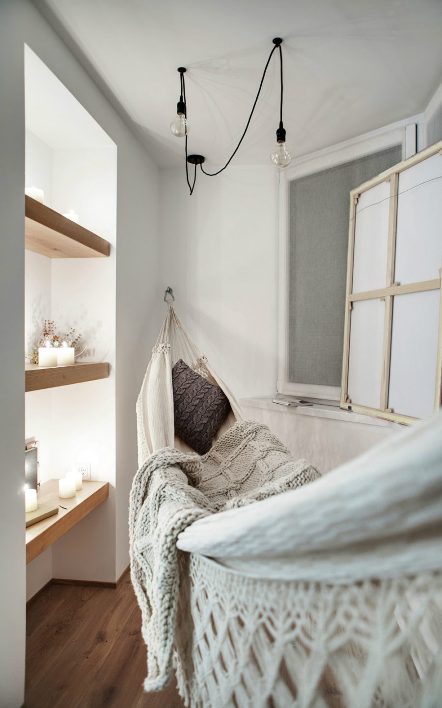 View In Gallery Tiny Room With A Hammock