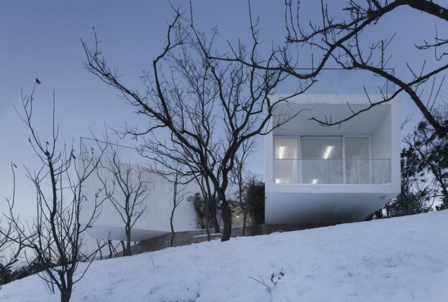 Viewing Pavilion on Hill by TAO - Trace Architecture Office