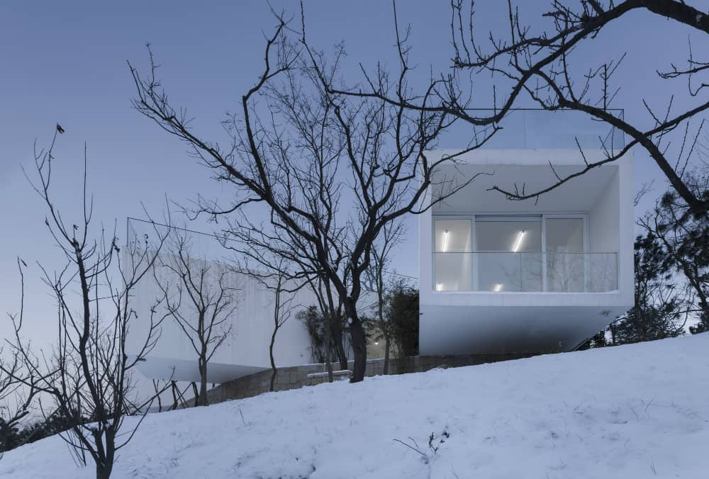 Viewing Pavilion on Hill by TAO – Trace Architecture Office