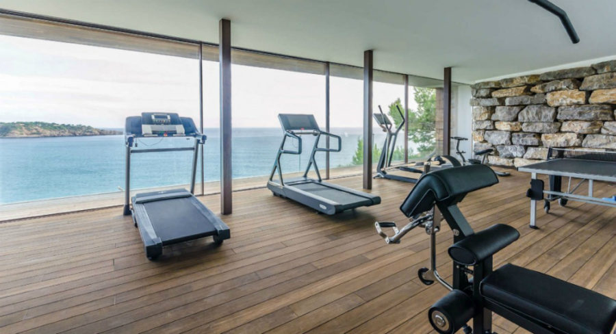 Villa Majesty gym overlooking the water