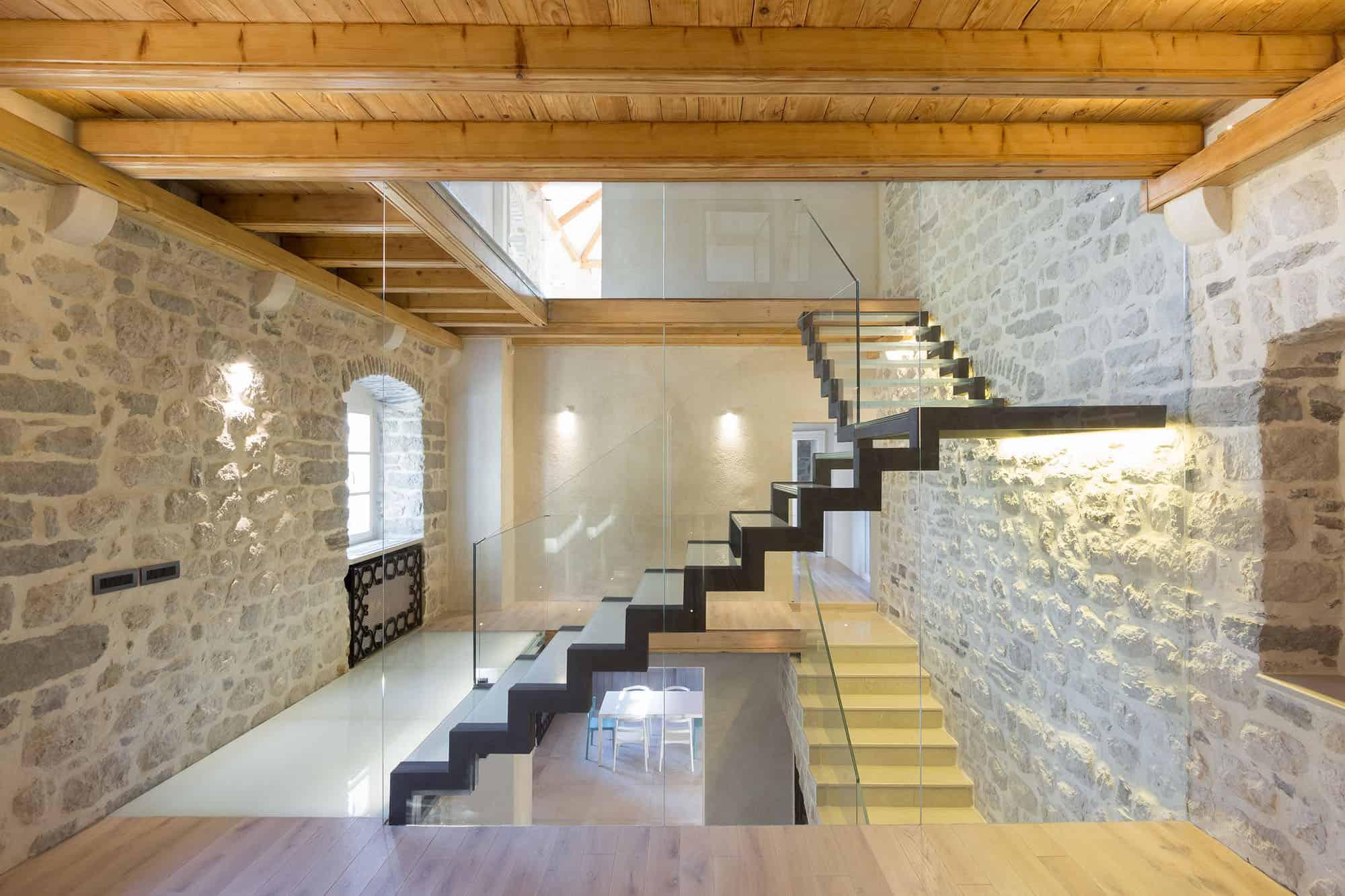 Villa Monja by Enforma Studio
