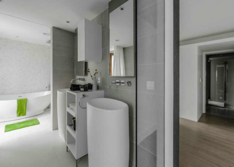 Bathroom is pleasantly light and contemporary