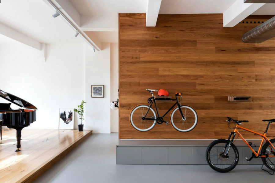 Bike storage-friendly wall