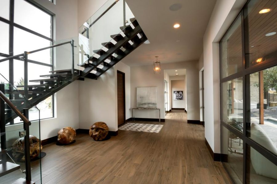 Modern Foyer Pictures : These dramatic hallways will make a lasting impression on your guests