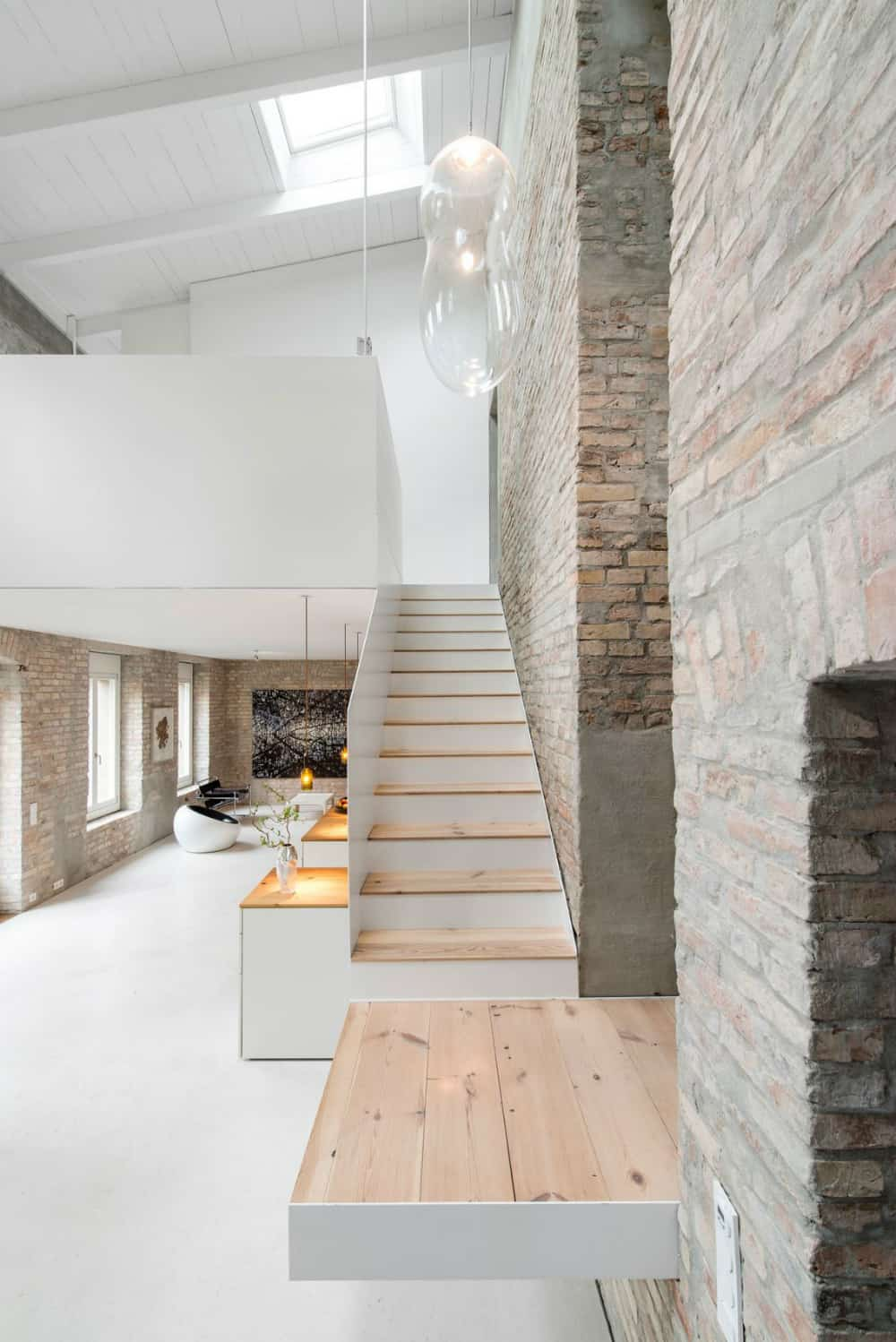 Light wood steps go well with pink brick