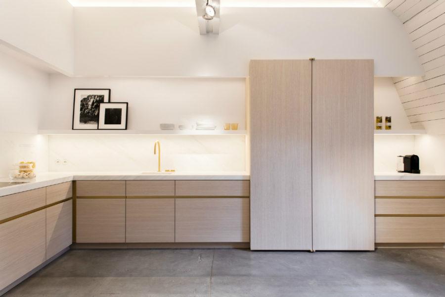 Obumex kitchen with ambient lighting
