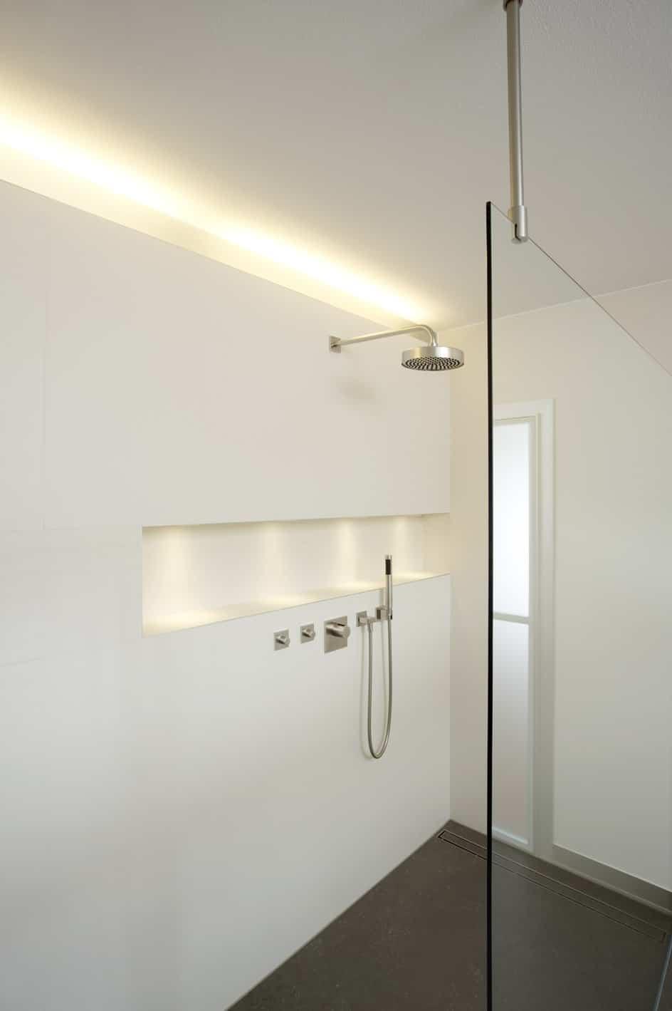 Shower by Dreyer