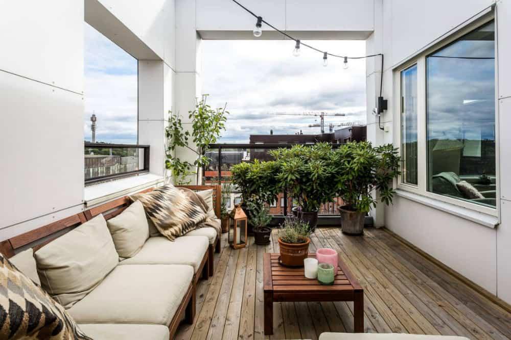 Small balcony terrace