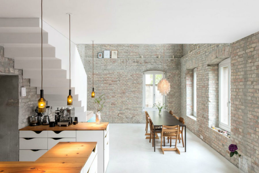The front part of the kitchen 900x601 19th Century Berlin House Becomes Contemporary With Renovation