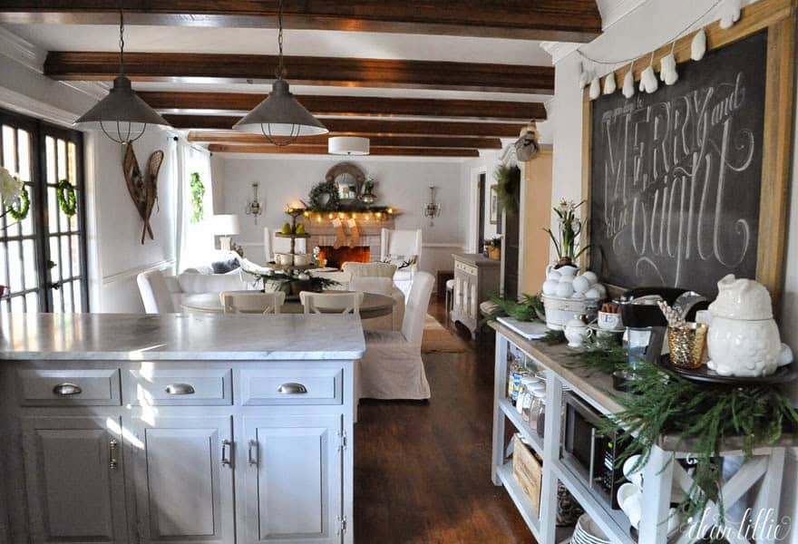 Farmhouse-Inspired Greenery In Kitchen For Christmas