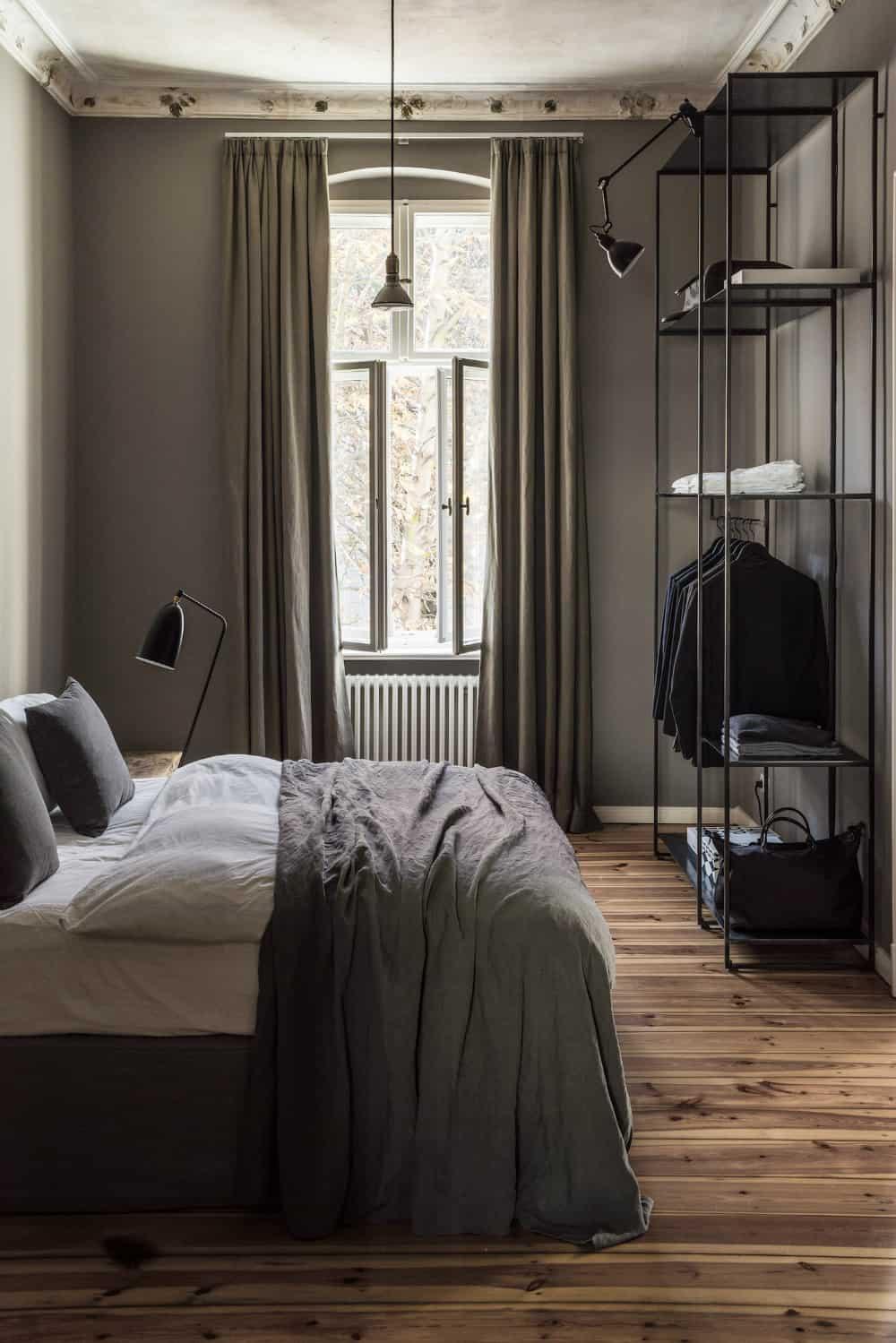 A Traveller's Home bedroom
