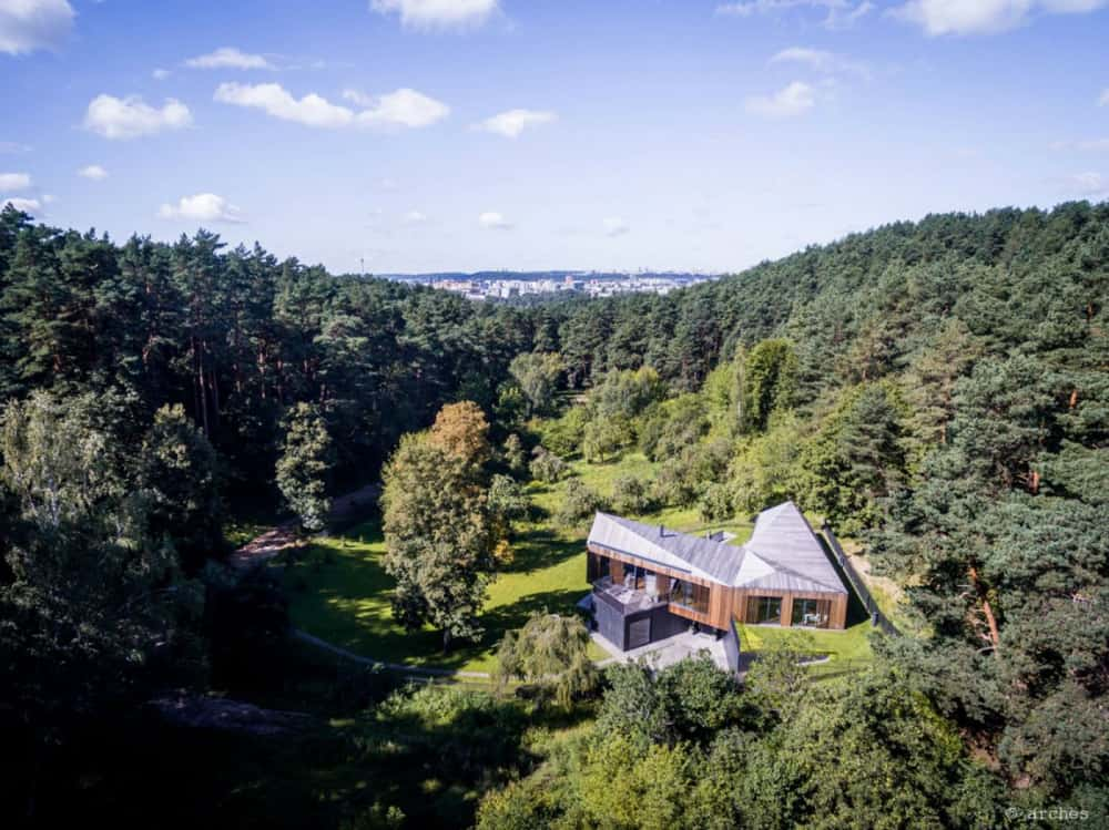 Contemporary Valley Villa