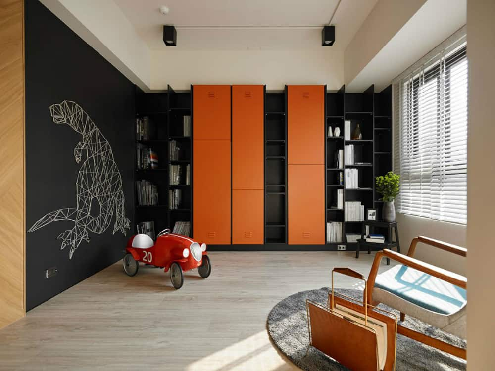 Cool home library comes in punchy contrasts and hues