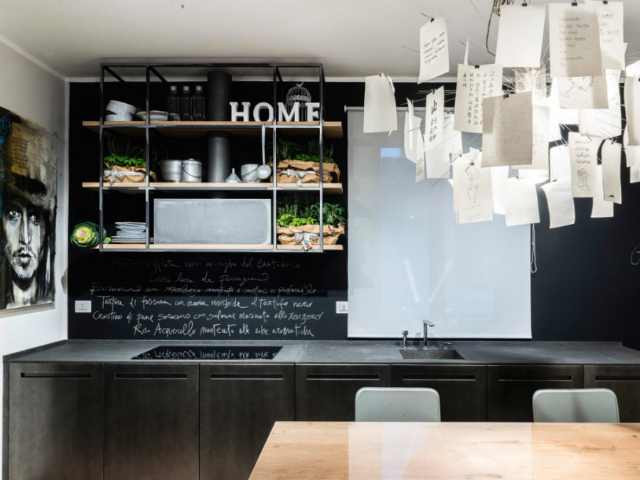 D90 basalt kitchen by TM Italia Cucine