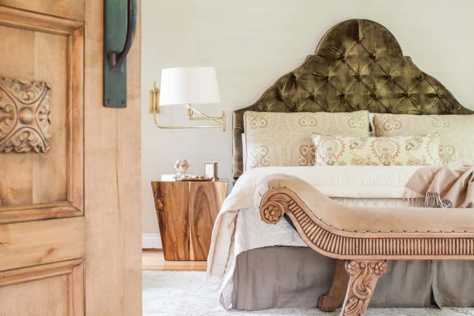 Eclectic bedroom by Marie Flanigan Interiors