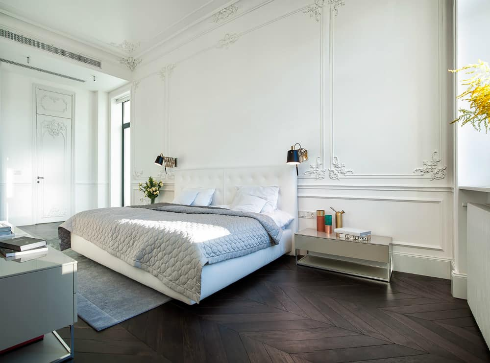 Intricate molding decorates each and every corner of the room