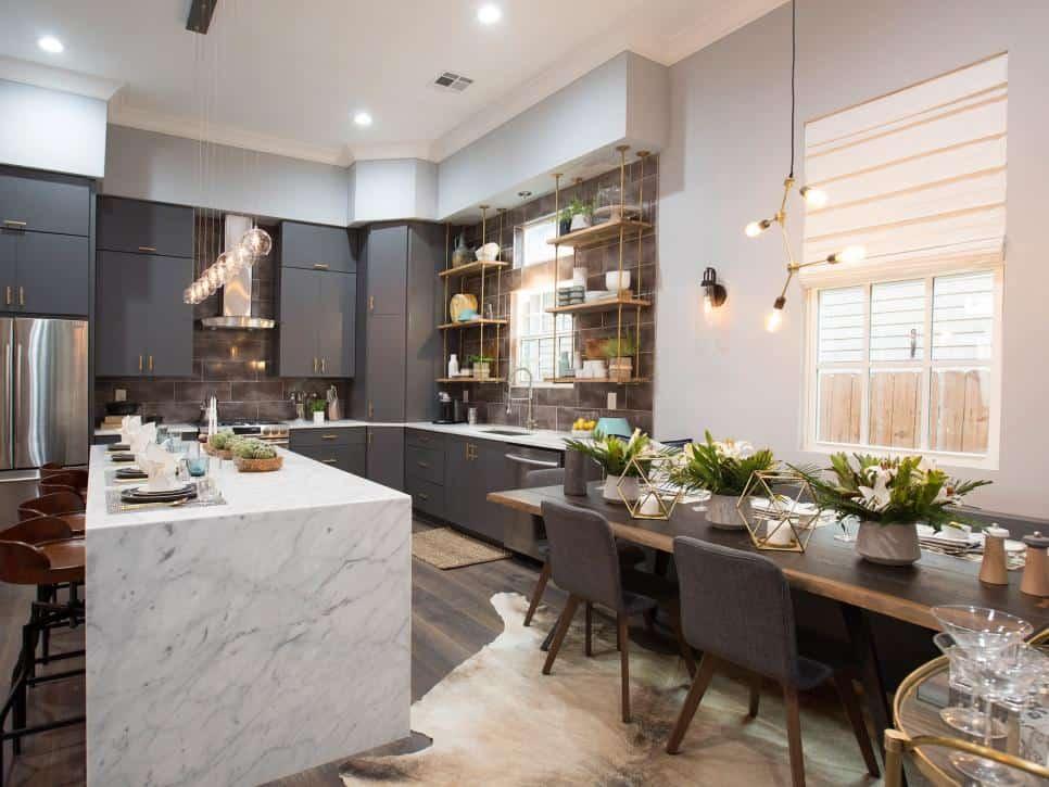 Kitchen tableware display