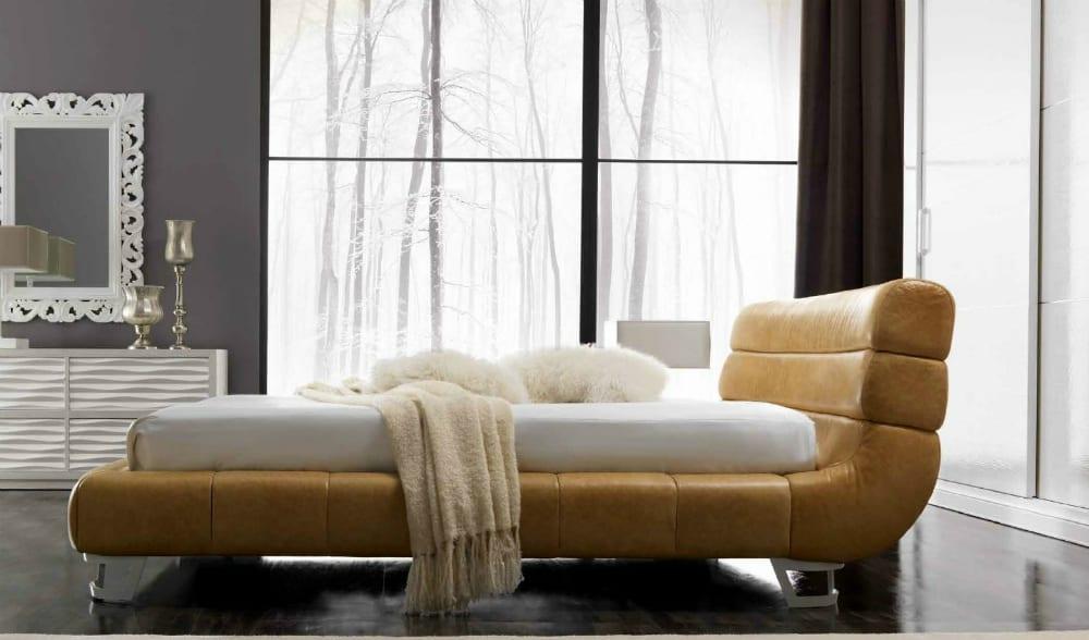 Kurtis bed by CorteZari